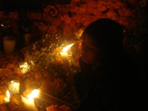 noche de muertos en zurumútaro 2010 foto julie sopetrán